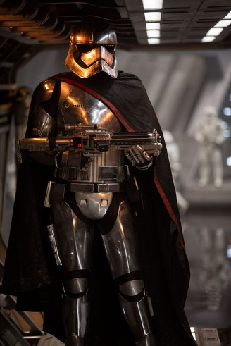 captain-phasma-armor
