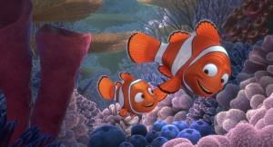 alla-ricerca-di-nemo-in-3d-papa-marlin-insieme-al-suo-piccolo-nemo-in-una-scena-del-film-242660