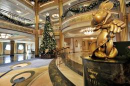 Disney-Cruise-Line-Christmas